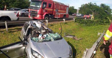 Idosa morre em acidente na freeway